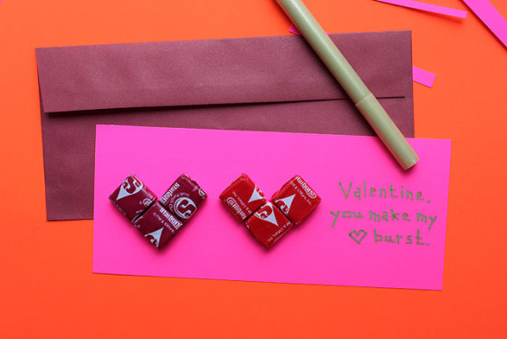 starburst-valentine-two-hearts-envelope